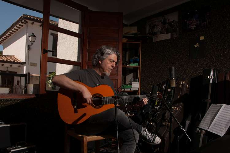 GRABACION-ONLINE-GUITARRAS-MUSICO-JOSETE-ORDONEZ-MADRID